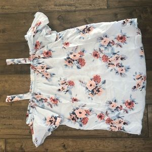 Other - Pretty cold shoulder girls flower top